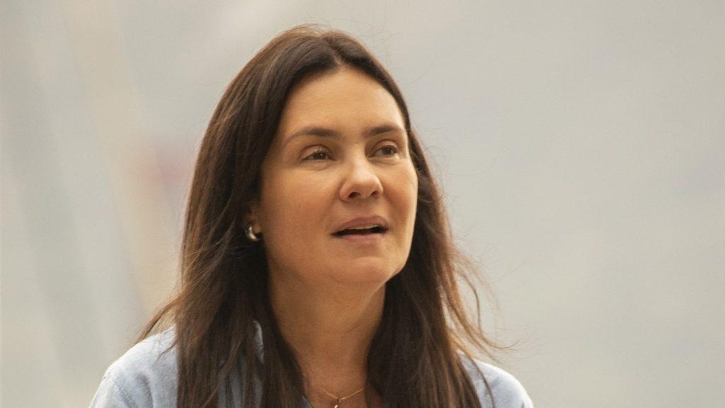 Adriana Esteves como Thelma em Amor de Mãe (Divulgação / Globo)