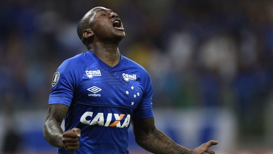Sassá fala sobre oportunidade no ataque do Cruzeiro e relata importância de Abel Braga - 1