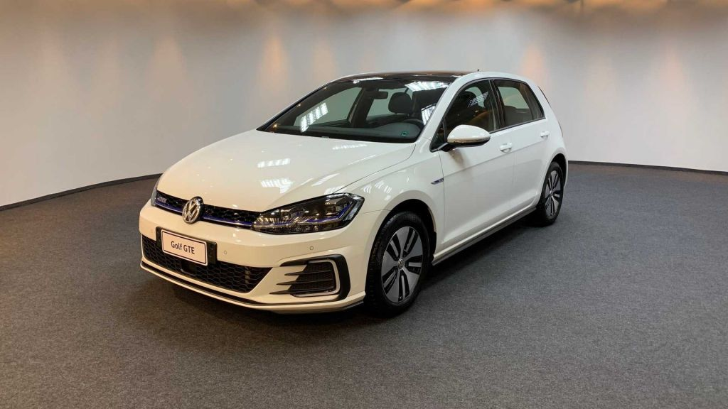 Volkswagen lança versão híbrida - e limitada - do Golf no Brasil por R$ 200 mil - 2