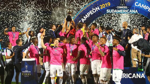 Colon v Independiente del Valle - Copa CONMEBOL Sudamericana 2019