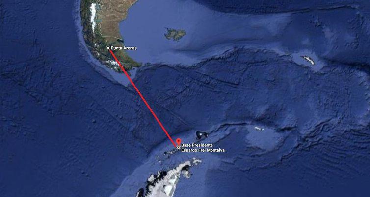 """Força Aérea do Chile informou que """"38 pessoas, incluindo 17 tripulantes e 21 passageiros"""" estavam a bordo."""