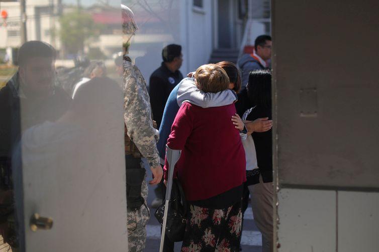 Familiares de passageiros do avião que desapareceu na Antártica vão à Base Aérea de Santiago - REUTERS/Pablo Sanhueza/File Photo