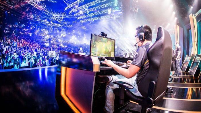 Forbes destaca a importância dos e-sports em sua lista