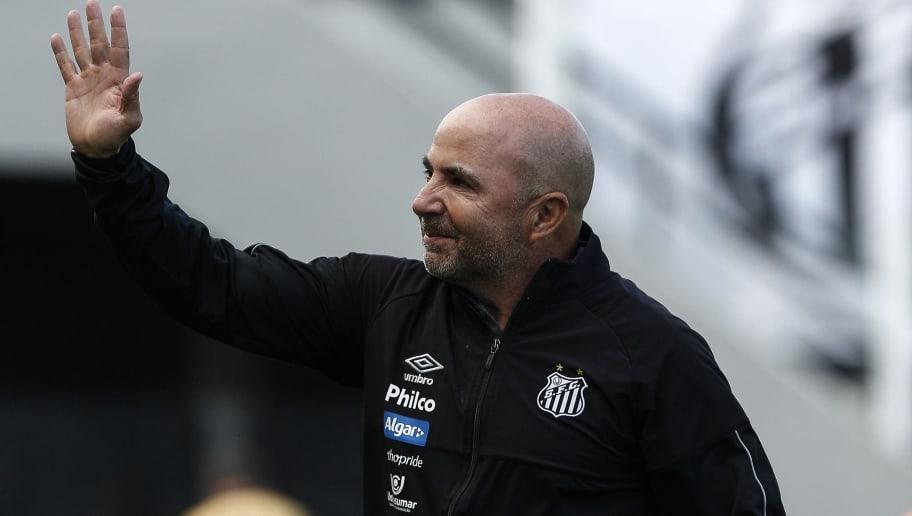 Treinador argentino recusa outras ofertas e mantém expectativa para substituir Sampaoli no Santos - 1