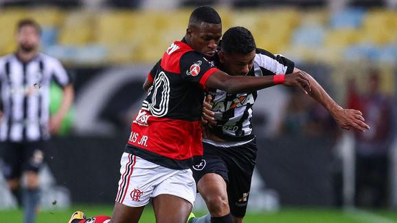 Rodrigo Lindoso,Vinicius Junior