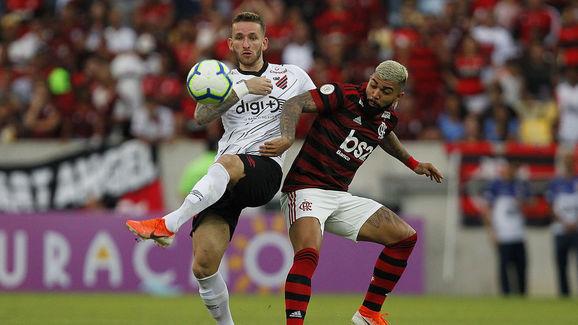 Leo Pereira,Gabriel