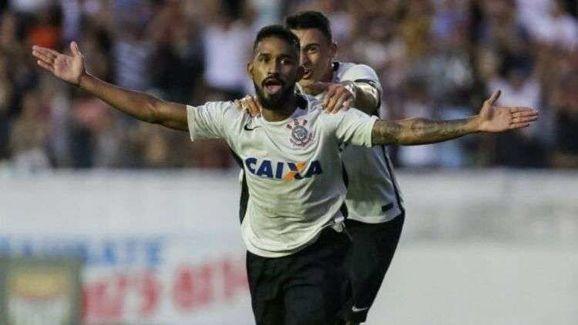 Descartado por Tiago Nunes, Corinthians renova contrato de revelação antes de empréstimo ao Sport - 2