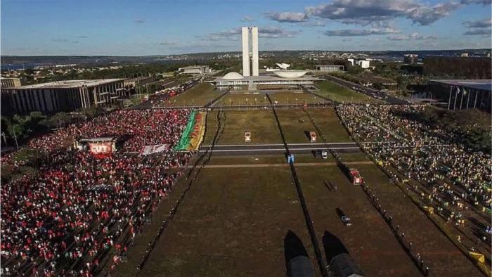 Documentário brasileiro Democracia em Vertigem é indicado ao Oscar; veja lista - 1
