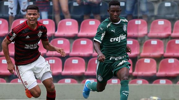 Palmeiras é consultado por Cruzeiro para liberar joia da base; Anderson Barros vai decidir - 2