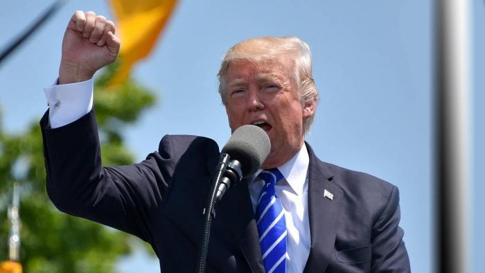 Trump se arrepende de apoiar a proibição dos cigarros eletrônicos - 1