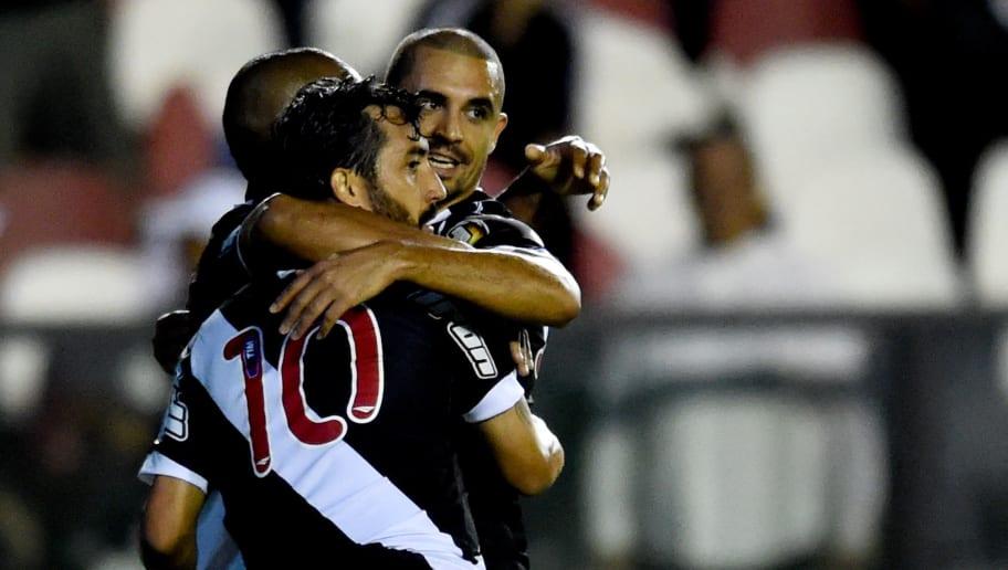 5 jogadores que atuaram recentemente no Vasco, mas você não deve lembrar - 1