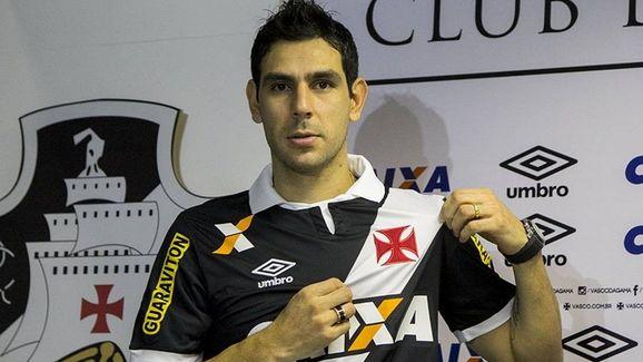 5 jogadores que atuaram recentemente no Vasco, mas você não deve lembrar - 5