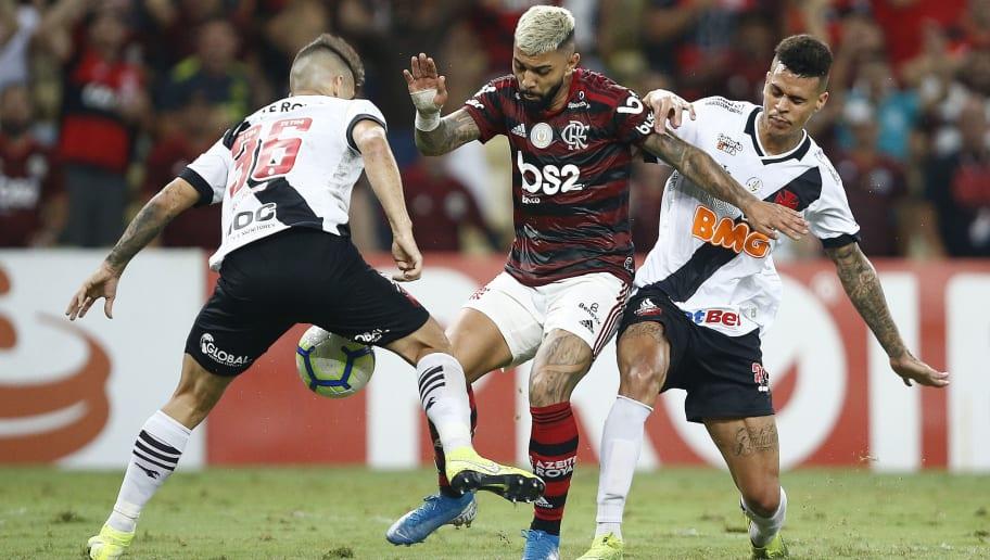 Em busca de zagueiro no mercado, Abel Braga ganha reforço para escalar o Vasco na Sul-Americana - 1