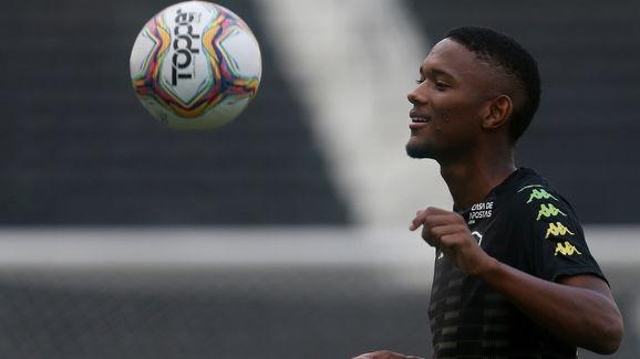 Joia da base entra na mira de Autuori e deve ganhar sequência na equipe titular do Botafogo - 2