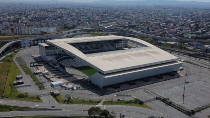 Corinthians espera melhorar situação financeira a partir de julho e encara situação com otimismo - 2