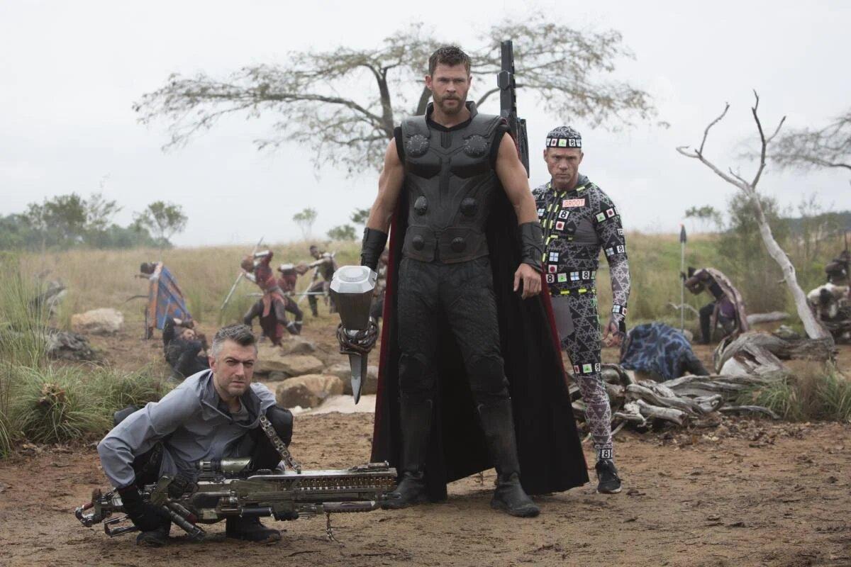 Vingadores se divertem em fotos inéditas da Marvel - 3