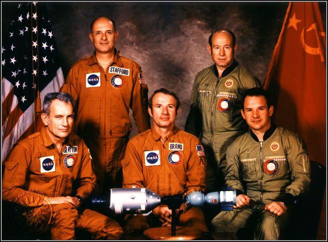 Um aperto de mão no espaço: o legado da missão conjunta Apollo-Soyuz - 4