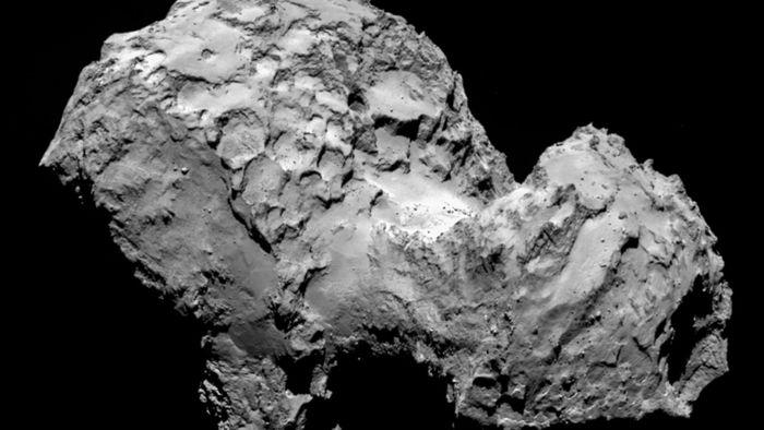 Cometa 67P, alvo da missão Rosetta, está emitindo uma aurora ultravioleta - 1
