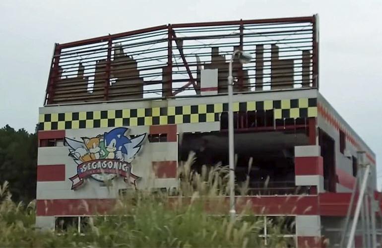 Vídeo: Carrefour desativado no Brasil parece um cenário de The Last of Us - 7