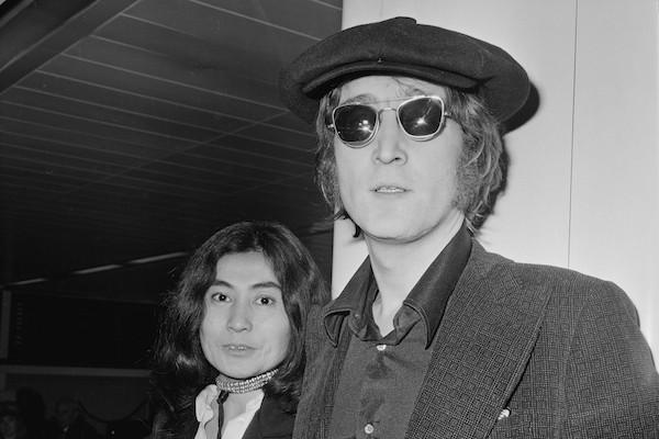 O músico John Lennon e a artista Yoko Ono (Foto: Getty Images)