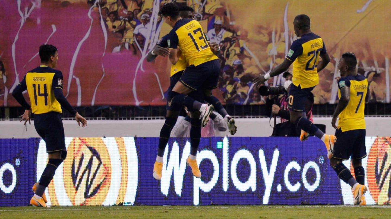 14 jogadores sul-americanos retornaram aos clubes com Covid-19 pós-Eliminatórias - 4