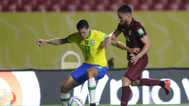 14 jogadores sul-americanos retornaram aos clubes com Covid-19 pós-Eliminatórias - 6