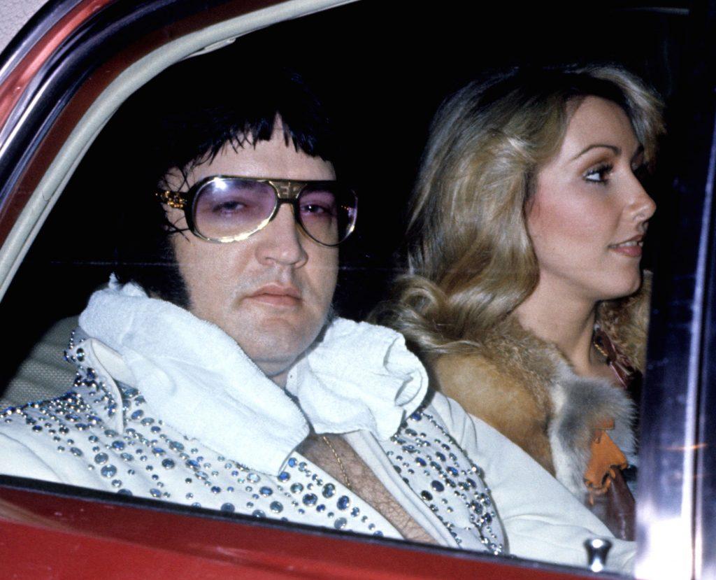 Ex-namorada de Elvis Presley revela detalhe estranho dos pés do artista - 1