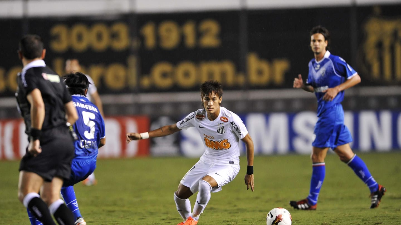4 confrontos históricos entre Santos e clubes argentinos - 3