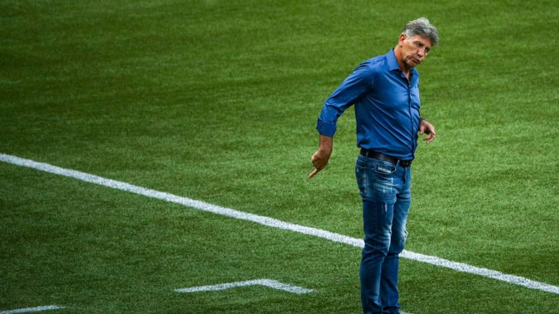 Grêmio anuncia volta de Paulo Victor e Vanderson ao Brasil; Outros dois atletas são afastados preventivamente - 1