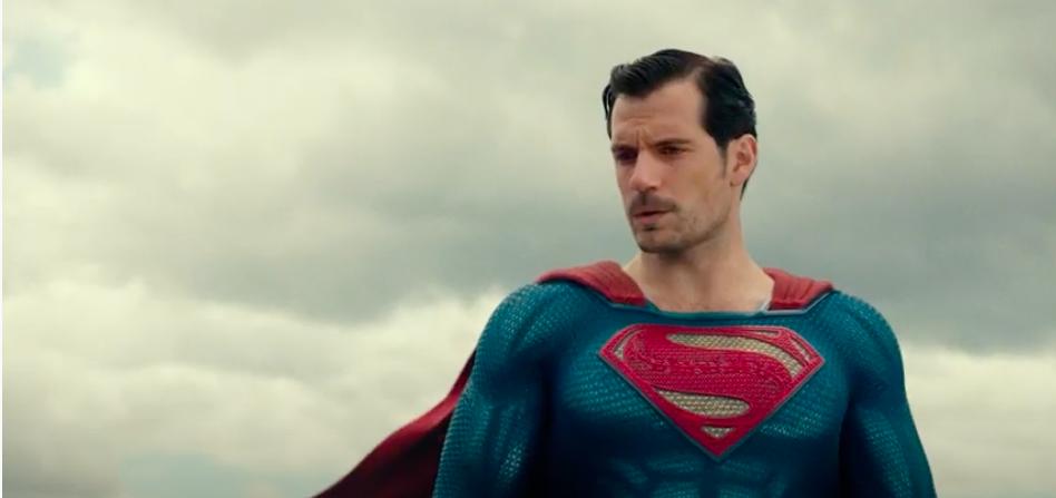 Pedido de fãs é atendido e vídeo traz Superman de Henry Cavill com bigode - 2