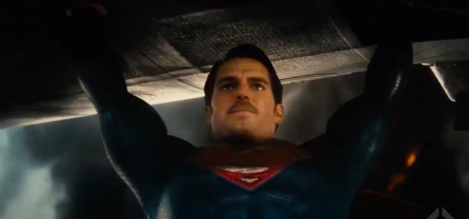 Pedido de fãs é atendido e vídeo traz Superman de Henry Cavill com bigode - 3