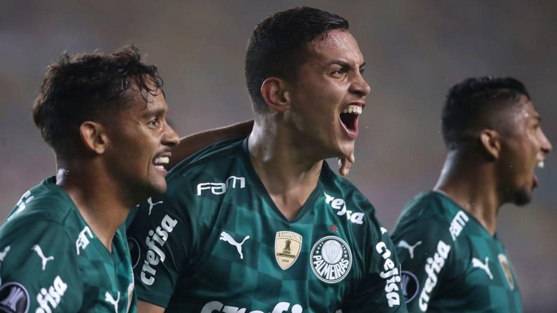 Renan valoriza reação do Palmeiras após 'pane' no segundo tempo: 'Lutamos até o final' - 1