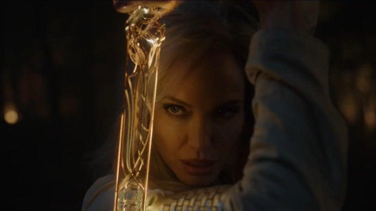 Angelina Jolie revela como filhos devem reagir à ela em Os Eternos - 1