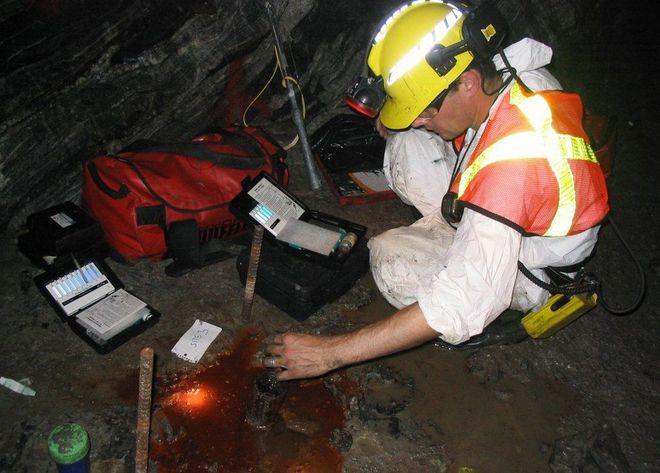 Água encontrada nas profundezas de mina no Canadá é a mais antiga do mundo - 2