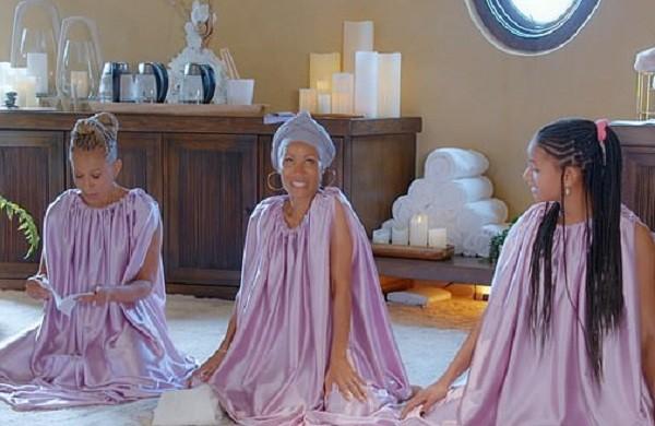 Filha de Will Smith toma banho íntimo com mãe; veja - 1