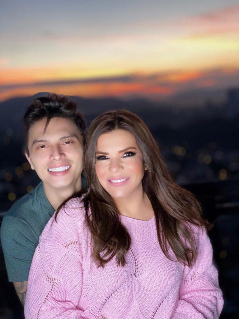 Mara Maravilha e o noivo Gabriel Torres fazem live especial do Dia dos Namorados - 1