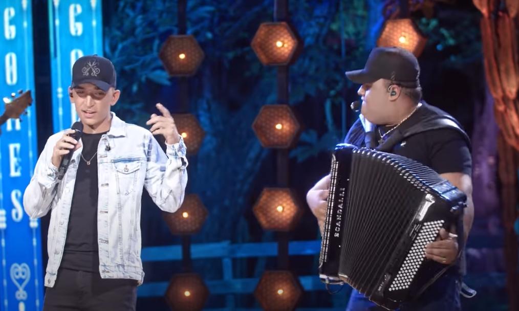 Assista ao vídeo de 'Aquelas coisas', com João Gomes e Tarcísio do acordeon - 2