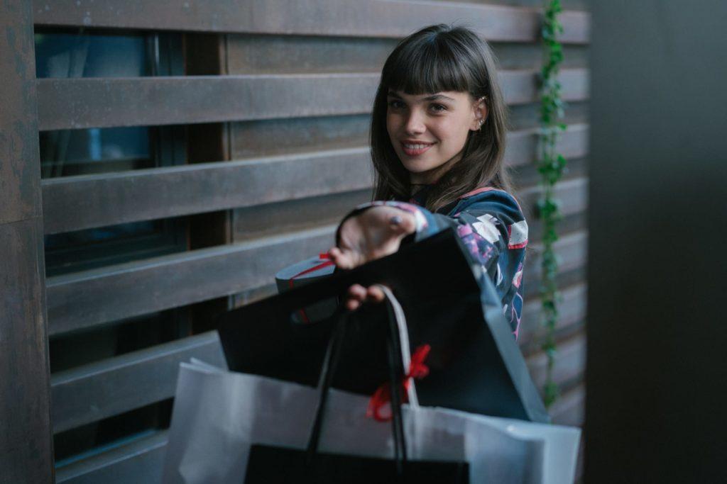 Elite: Com novo visual, atriz revela os bastidores da 5ª temporada - 1