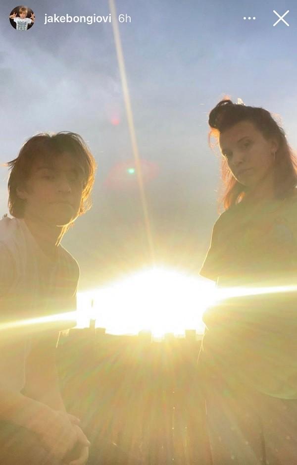 Millie Bobby Brown, de Stranger Things, revela foto com novo namorado - 1