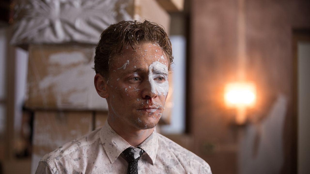 Tom Hiddleston, o Loki, brilha em filme que está na Netflix - 1