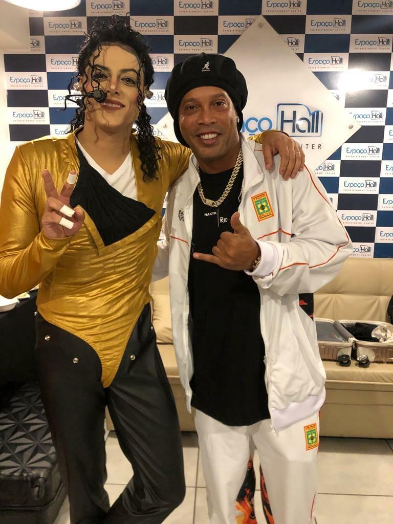 Rodrigo Teaser, cover de Michael Jackson, retorna aos palcos - 3